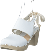 Calou - Blanca White